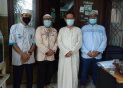 Membahas Lumbung Barokah di Era Pandemi Covid-19 Ketua PAC LDII Kel. Susukan kunjungi ketua MUI Kel. Susukan.